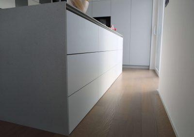 Hiša s perforiranimi paneli - kuhinja