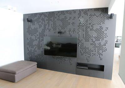 Hiša s perforiranimi paneli - perforirana stena