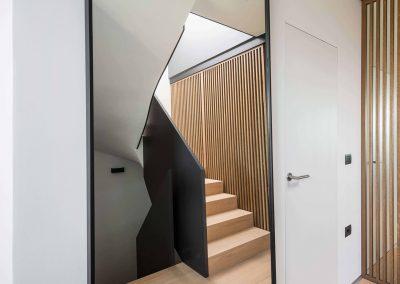 Sodoben dom s toplino hrasta - hodnik