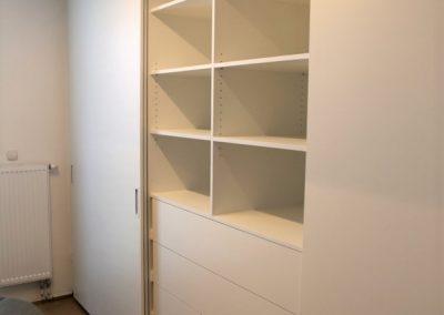 Stanovanje pastelov - vgradna omara